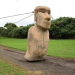 Πώς μετακινούνταν τα αγάλματα στο Νησί του Πάσχα;