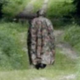 Μυστηριώδης άντρας τρομοκρατεί δασική περιοχή της Ελβετίας