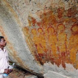 Τοιχογραφίες 10.000 ετών στην Ινδία αναπαριστούν εξωγήινους και UFOs;