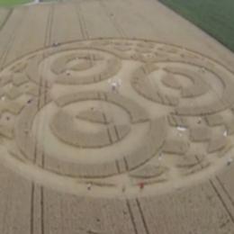 Τεράστιο παράξενο crop circle εμφανίστηκε σε χωράφι στη Γερμανία